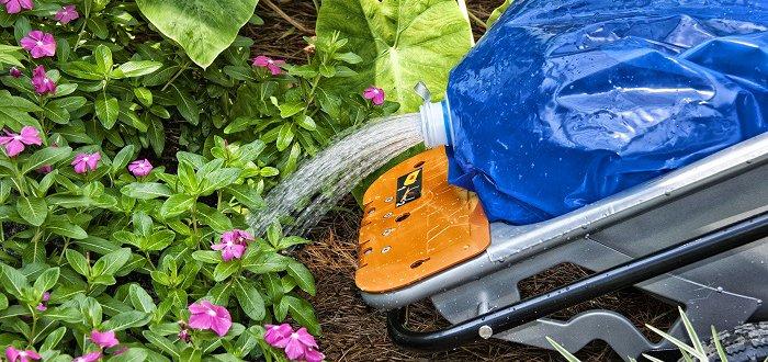 Aerocart Watering Outdoor Plants
