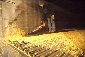 Successful Farming Features WORX 56V TURBINE Leaf Blower 1