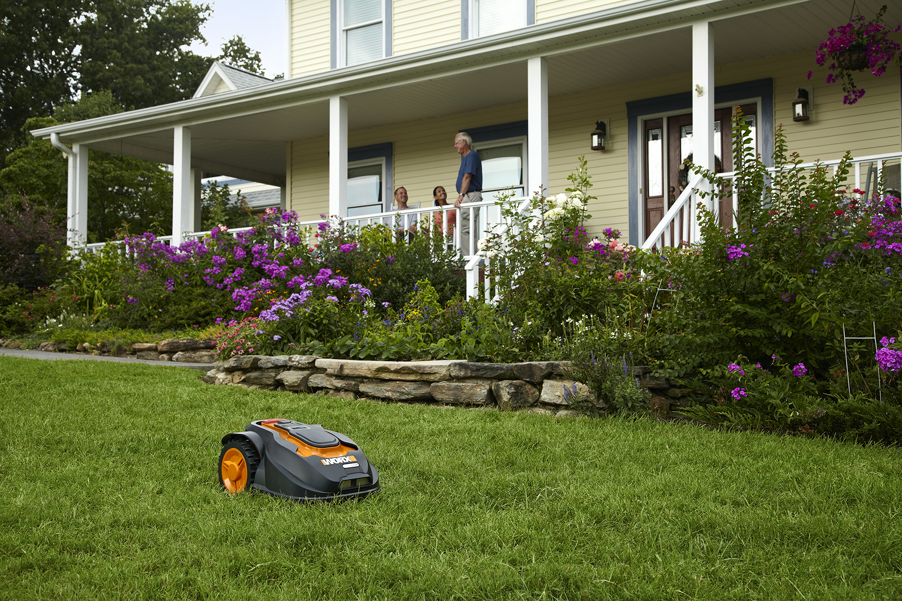 Better Homes & Gardens Names WORX Landroid The Ultimate Robotic Mower 2