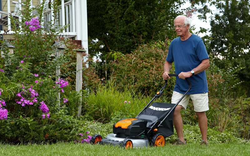 electric powered lawn mower